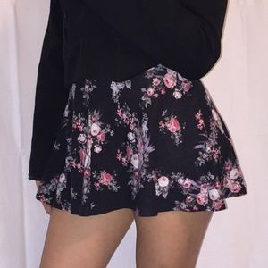 Floral Mini Skirt by Rue 21 - Size Small